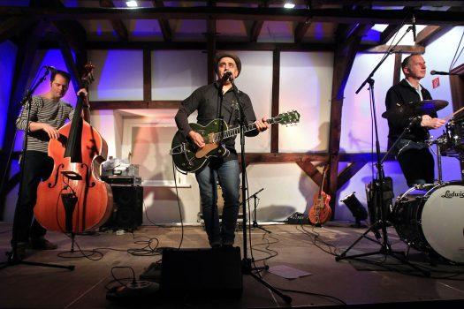 Adriano Batolba Trio im Burghaus Bielstein - Foto: Christian Melzer