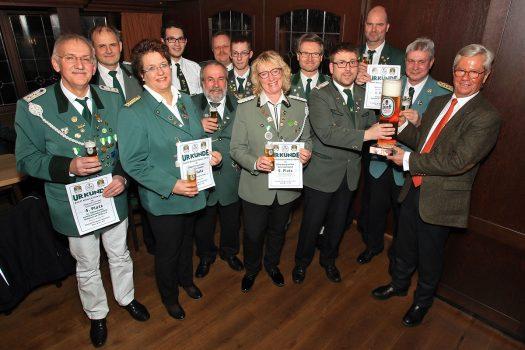 Siegerehrung und Pokalübergabe im Braustübchen der Erzquell-Brauerei in Bielstein. Foto: Christian Melzer