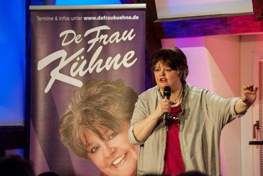 """""""De Frau Kühne"""" im Burghaus Bielstein. Fotos: Vera Marzinski"""