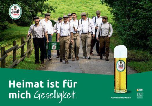 """Das neue ZUNFT Kölsch Kampagnenmotiv 2018 mit den Sängern von """"Spatzollinaris"""" aus Frielingsdorf ist ab Mitte April auf Plakaten und Anzeigen in der Region zu sehen"""