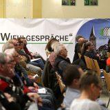 Der Einladung der Stadtverwaltung in die Aula des Schulzentrums Bielstein waren rund 60 Vertreter aus 61 Wiehler Dörfern und Siedlungen gefolgt.