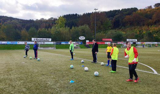 Training der Inklusionsmannschaft beim BSV Bielstein. Fotos: Christopher Pethe